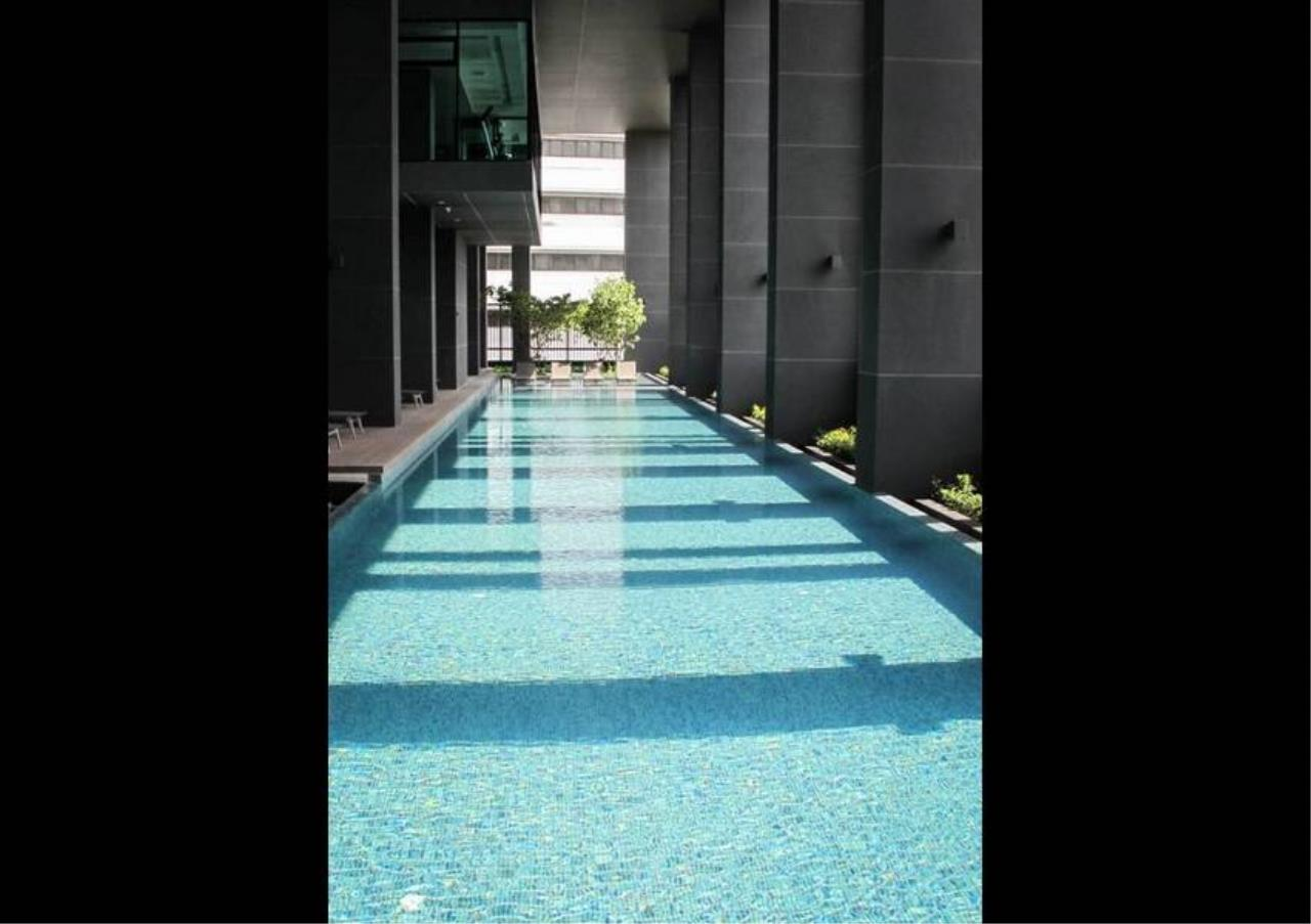 Bangkok Residential Agency's 3 Bed Condo For Rent in Phetchaburi BR1424CD 18