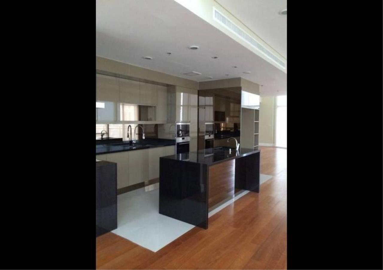 Bangkok Residential Agency's 6 Bed Condo For Rent in Phrom Phong BR1470CD 2