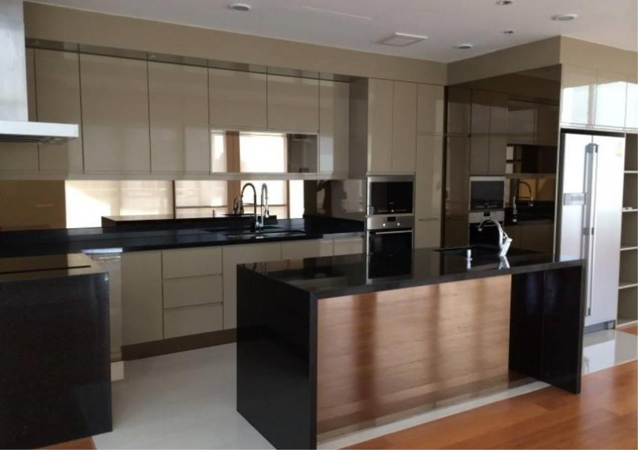 Bangkok Residential Agency's 6 Bed Condo For Rent in Phrom Phong BR1470CD 3