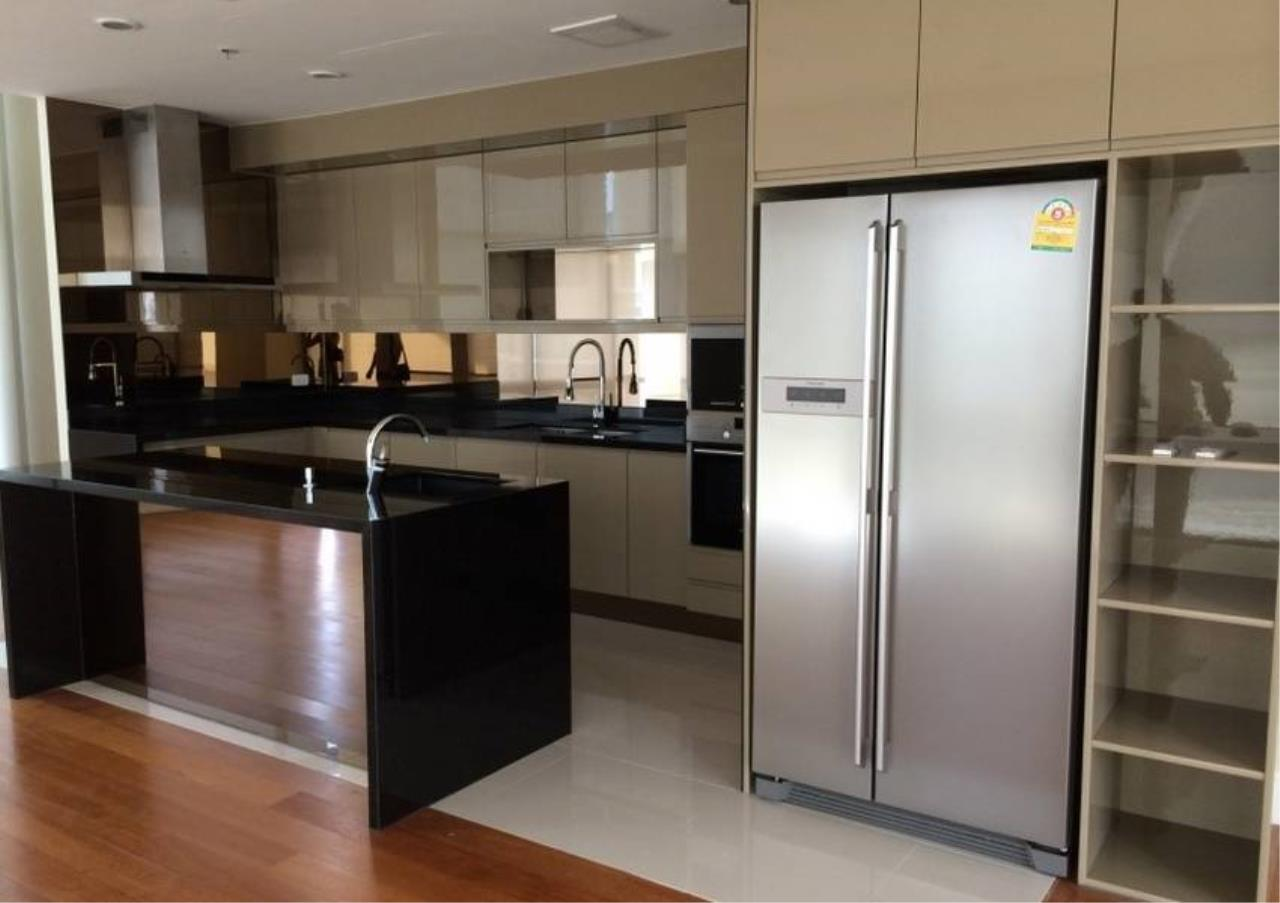 Bangkok Residential Agency's 6 Bed Condo For Rent in Phrom Phong BR1470CD 5