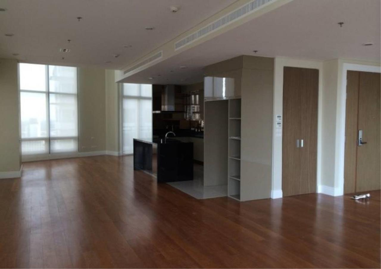 Bangkok Residential Agency's 6 Bed Condo For Rent in Phrom Phong BR1470CD 8