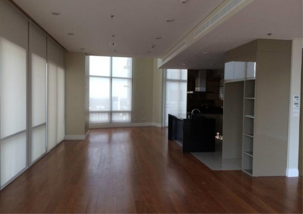 Bangkok Residential Agency's 6 Bed Condo For Rent in Phrom Phong BR1470CD 11