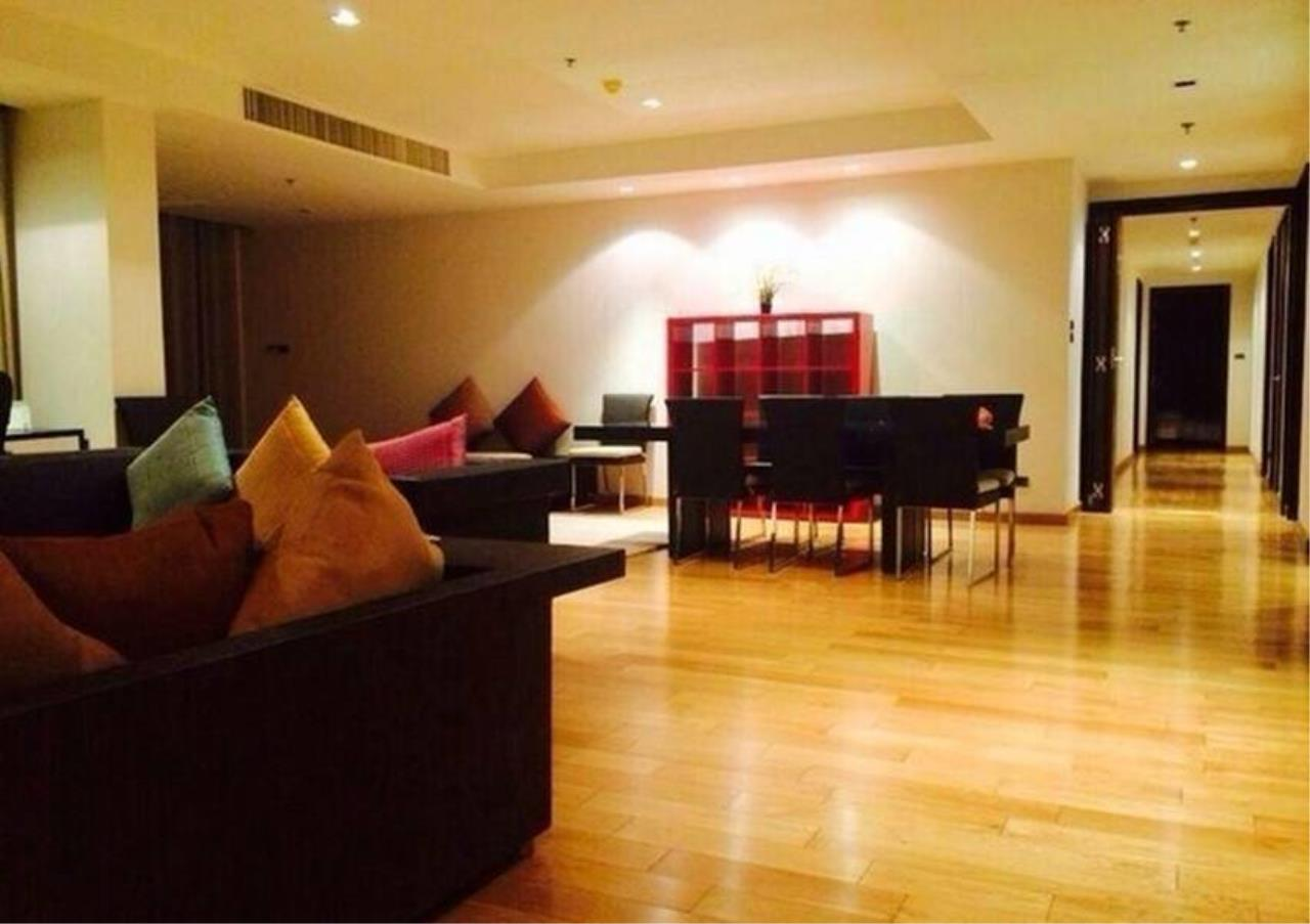 Bangkok Residential Agency's 4 Bed Condo For Rent in Phrom Phong BR1537CD 1