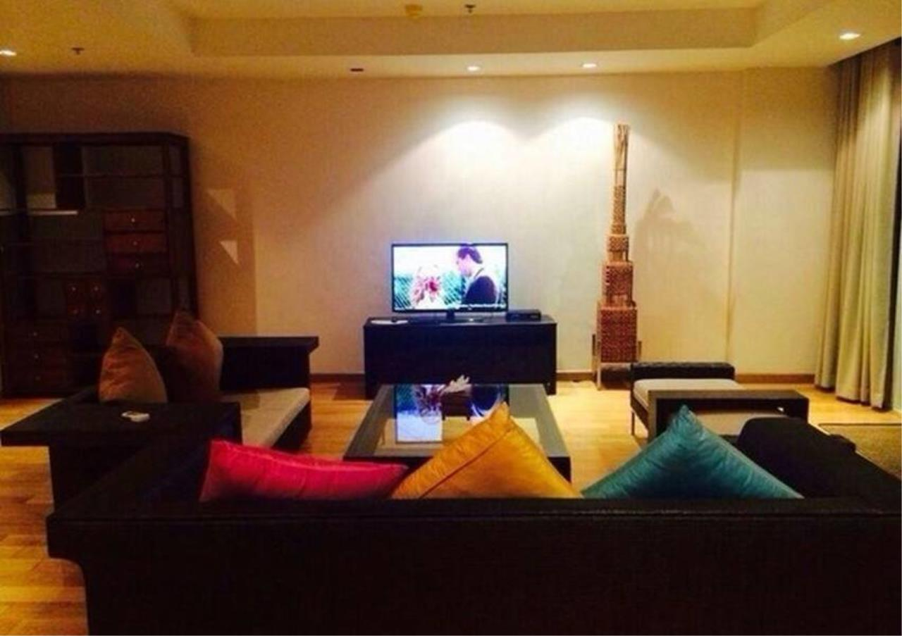 Bangkok Residential Agency's 4 Bed Condo For Rent in Phrom Phong BR1537CD 2