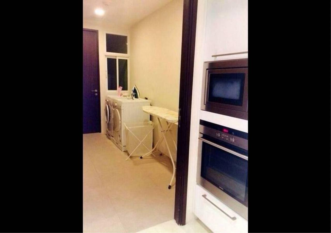 Bangkok Residential Agency's 4 Bed Condo For Rent in Phrom Phong BR1537CD 6