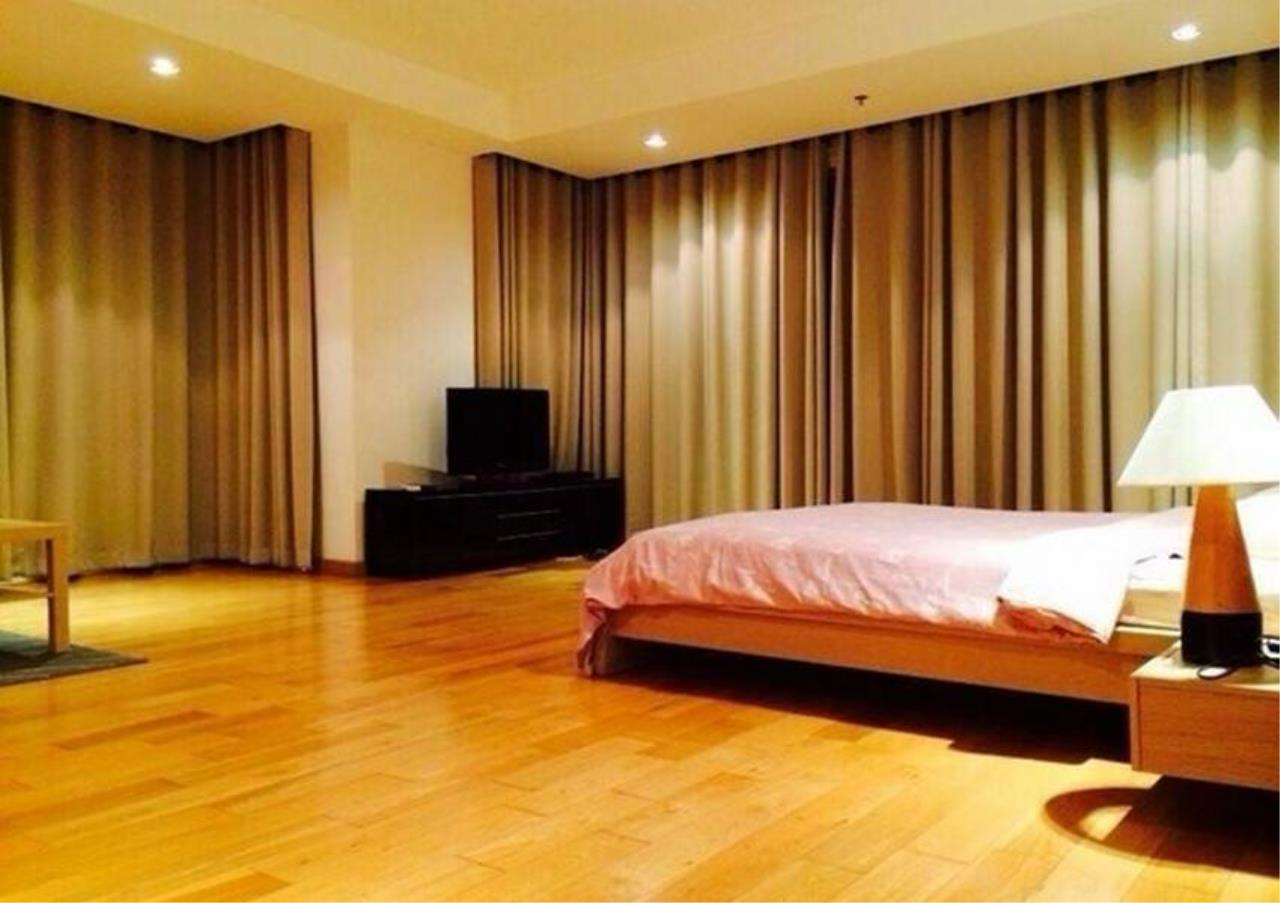 Bangkok Residential Agency's 4 Bed Condo For Rent in Phrom Phong BR1537CD 8