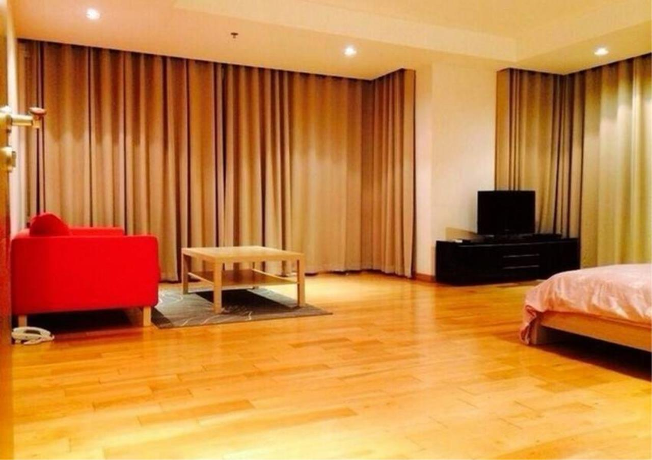 Bangkok Residential Agency's 4 Bed Condo For Rent in Phrom Phong BR1537CD 10