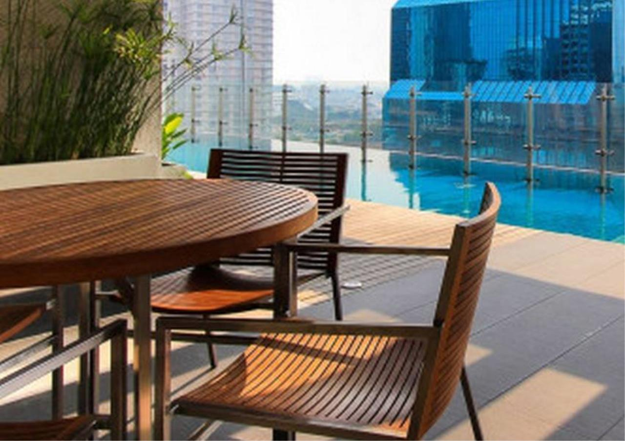 Bangkok Residential Agency's 3 Bed Condo For Rent in Silom BR1558CD 1