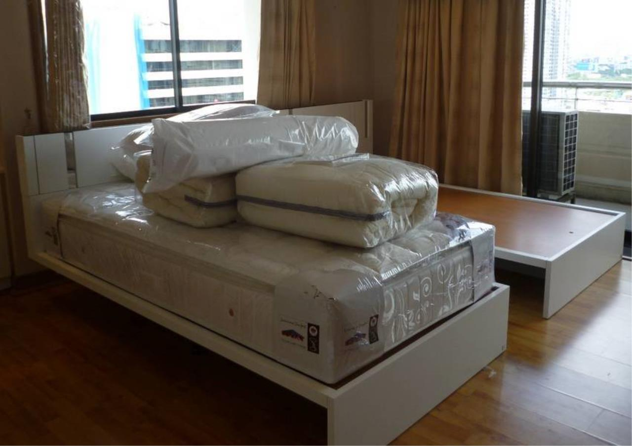Bangkok Residential Agency's 5 Bed Condo For Sale in Nana BR1621CD 16