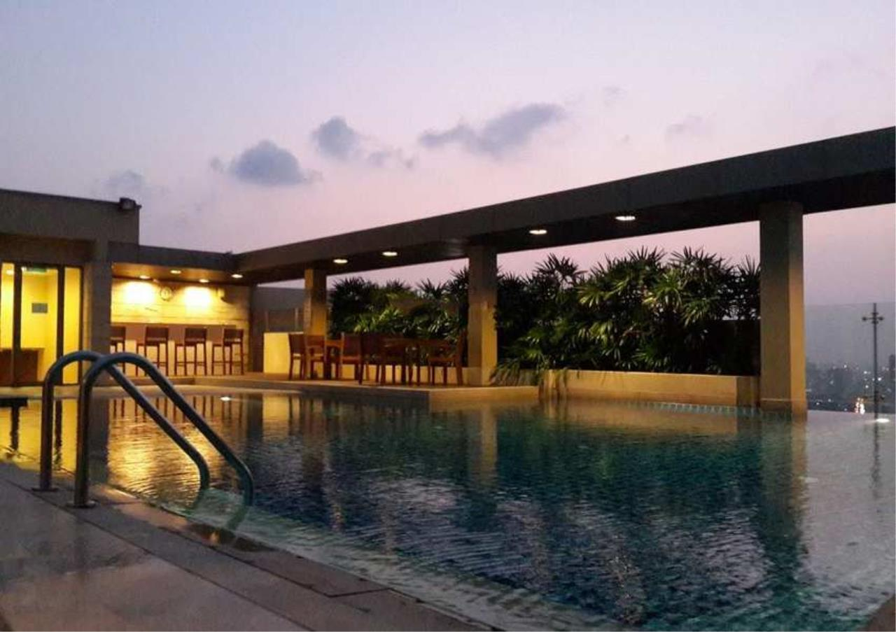 Bangkok Residential Agency's 3 Bed Condo For Rent in Asoke BR1699CD 2