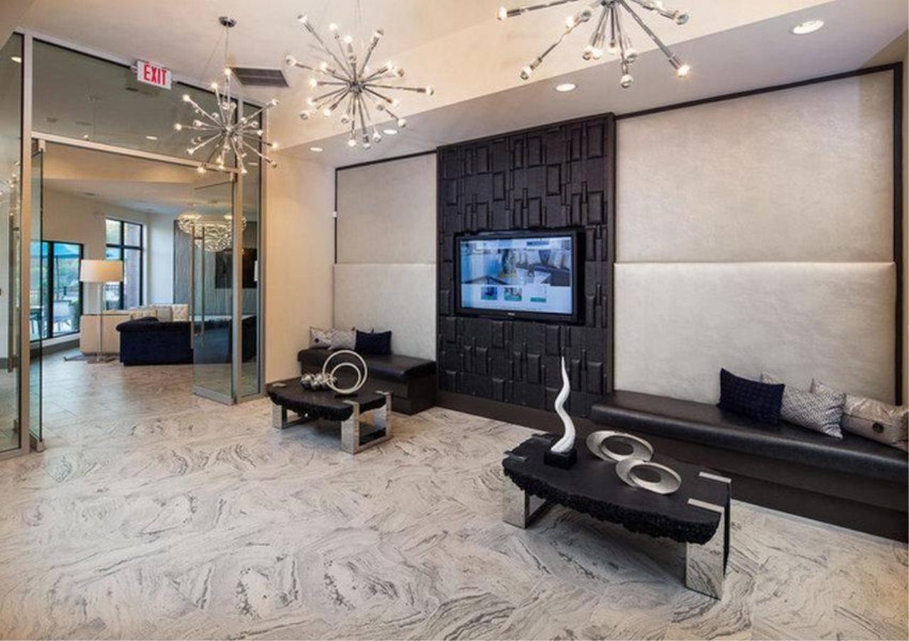 Bangkok Residential Agency's 3 Bed Condo For Rent in Asoke BR1699CD 5