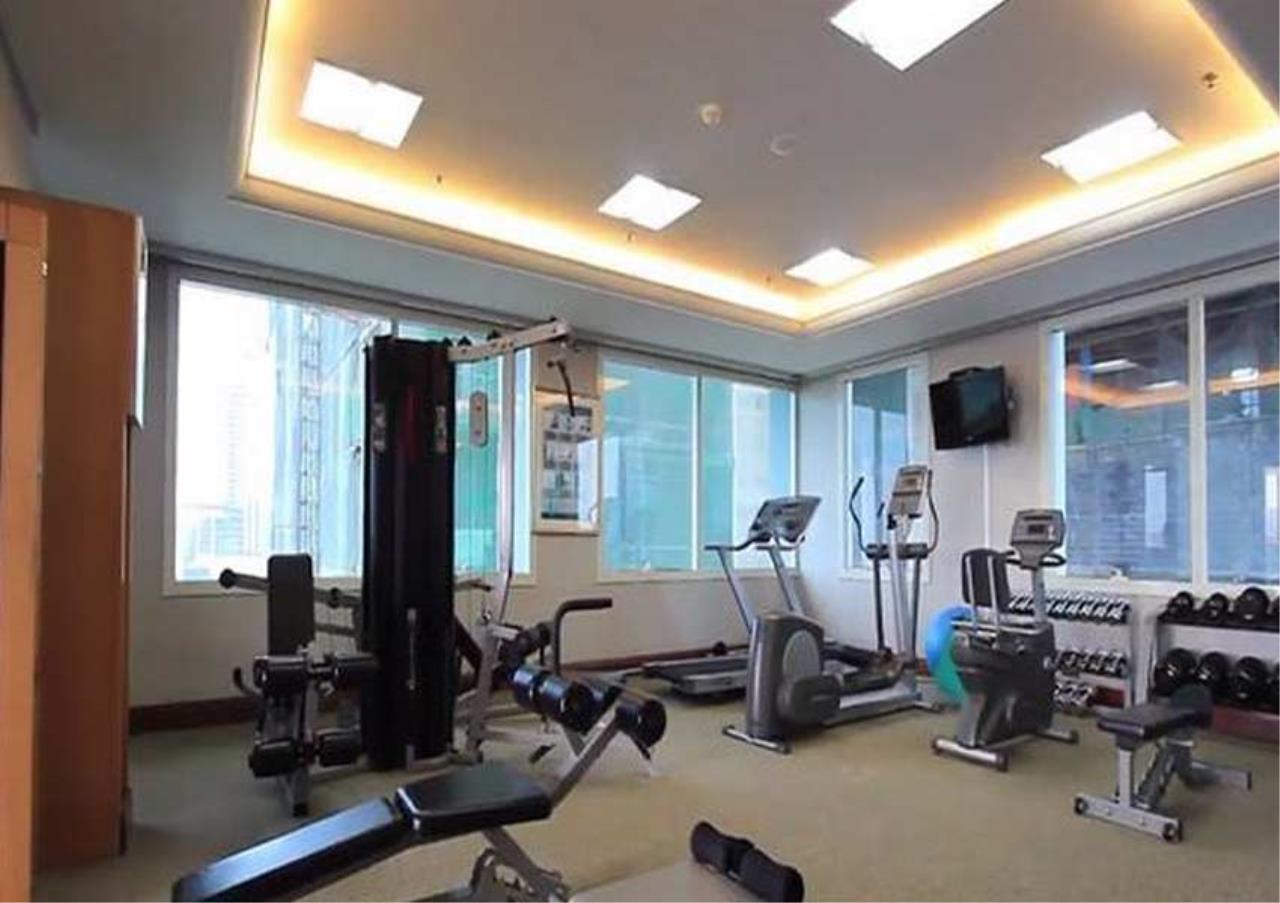 Bangkok Residential Agency's 3 Bed Condo For Rent in Ratchadamri BR1712CD 2
