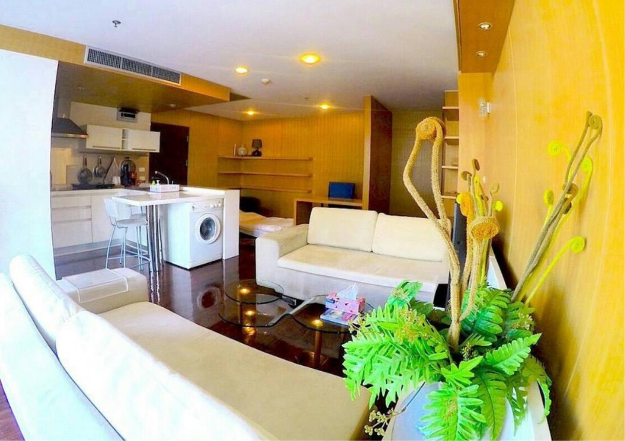 Bangkok Residential Agency's 1 Bed Condo For Rent in Chidlom BR1783CD 3