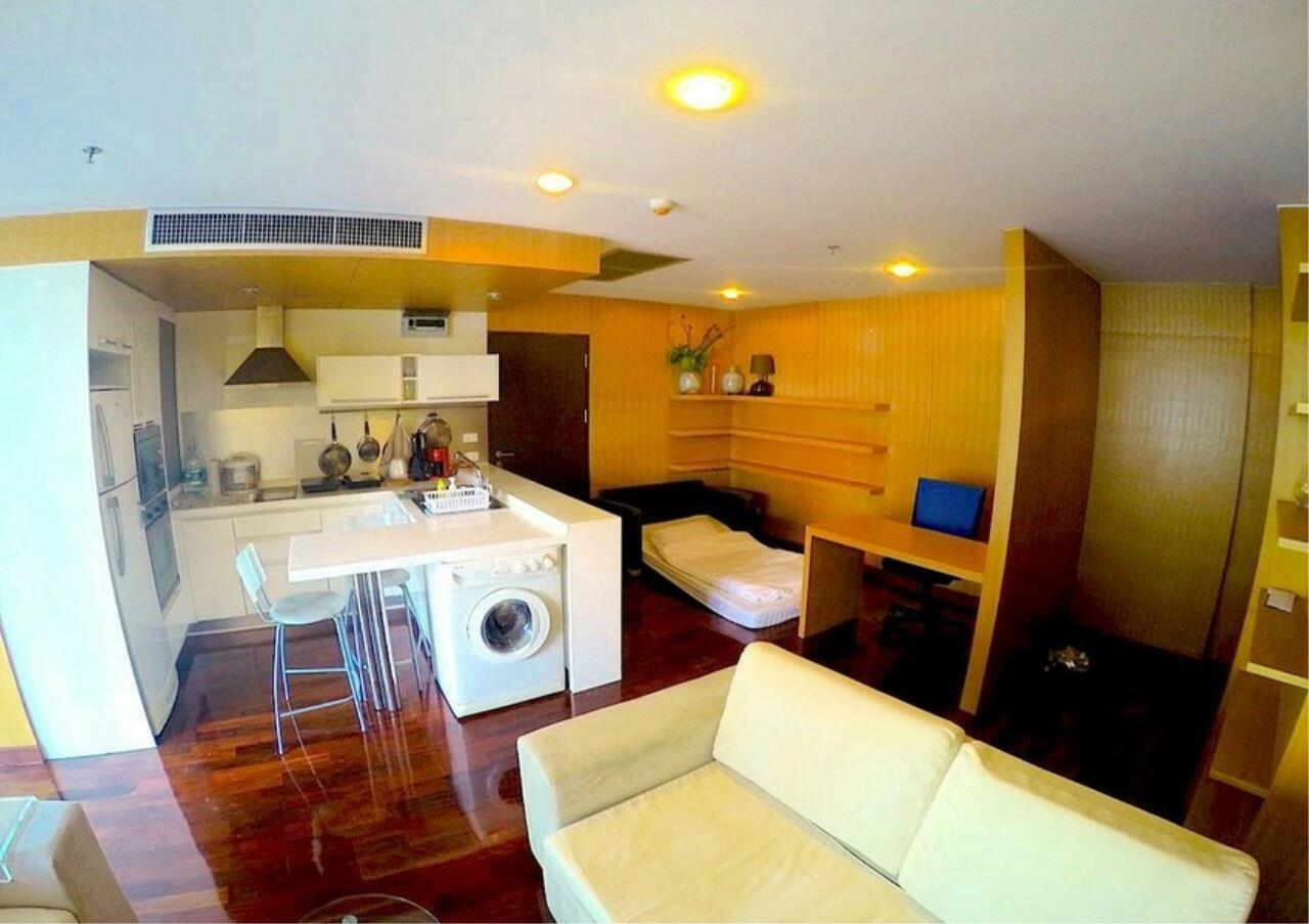 Bangkok Residential Agency's 1 Bed Condo For Rent in Chidlom BR1783CD 2