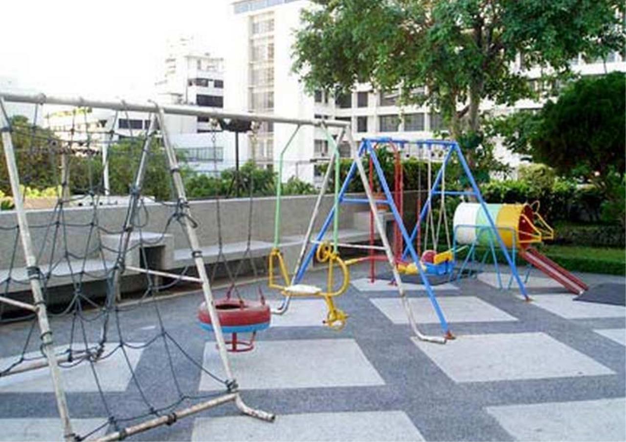 Bangkok Residential Agency's 3 Bed Condo For Rent in Asoke BR1960CD 5
