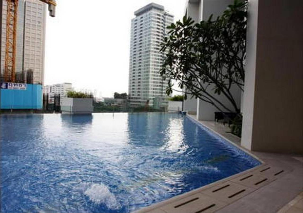 Bangkok Residential Agency's 2 Bed Condo For Rent in Sathorn BR2020CD 3