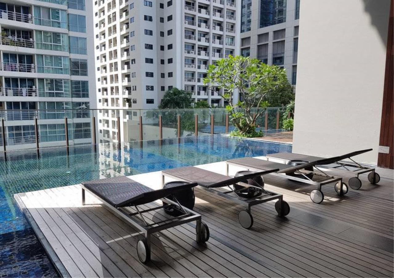 Bangkok Residential Agency's 1 Bed Condo For Rent in Ratchadamri BR2037CD 3