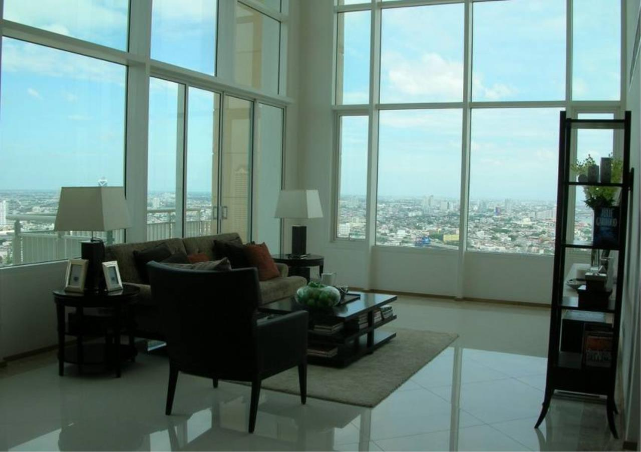 Bangkok Residential Agency's 4 Bed Condo For Rent in Sathorn BR2178CD 1