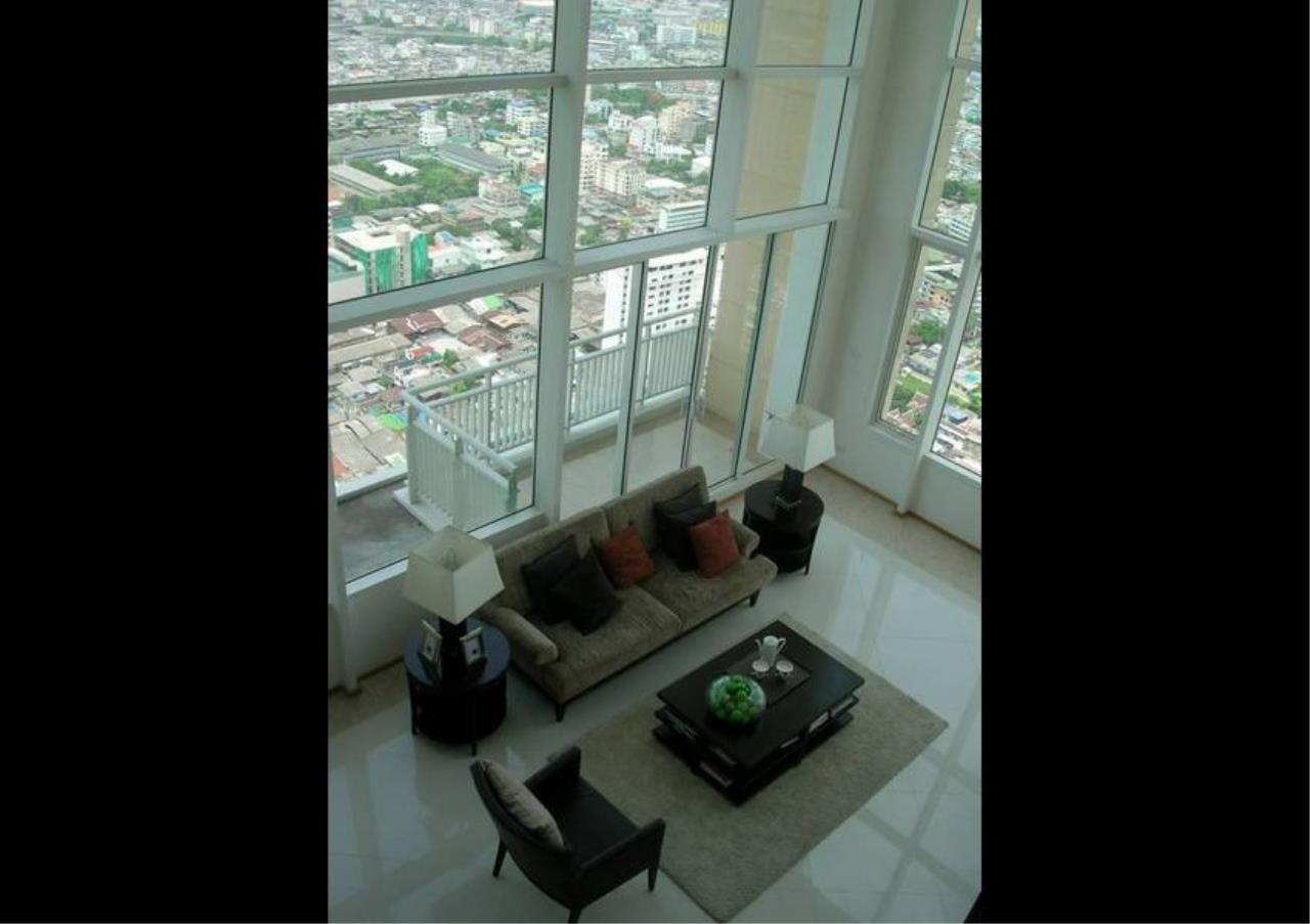 Bangkok Residential Agency's 4 Bed Condo For Rent in Sathorn BR2178CD 5