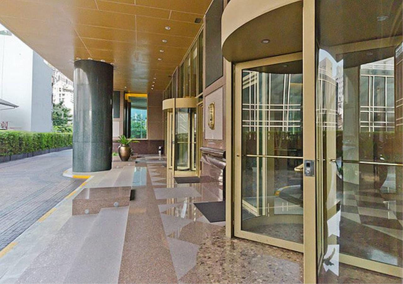 Bangkok Residential Agency's 4 Bed Condo For Rent in Sathorn BR2178CD 12
