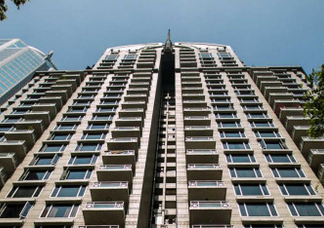 Bangkok Residential Agency's 2 Bed Condo For Rent in Phloenchit BR2192CD 24
