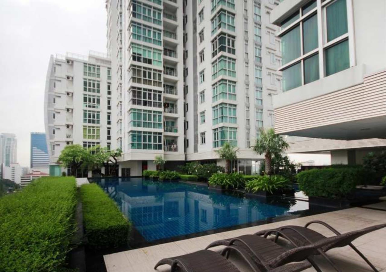 Bangkok Residential Agency's 3 Bed Condo For Rent in Ekkamai BR2218CD 7