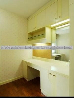 Bangkok Residential Agency's 3 Bed Condo For Rent in Chidlom BR2229CD 20