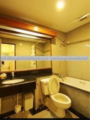 Bangkok Residential Agency's 3 Bed Condo For Rent in Chidlom BR2229CD 19