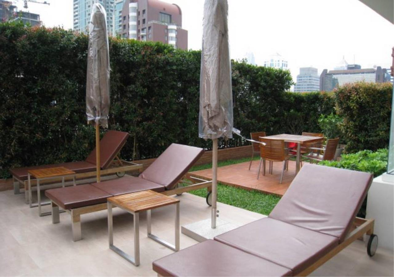 Bangkok Residential Agency's 2 Bed Condo For Rent in Chidlom BR2249CD 6
