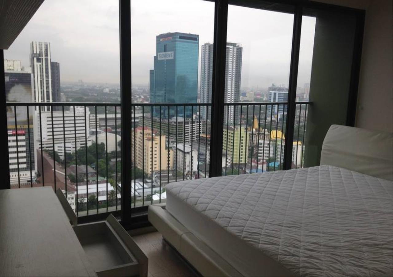 Bangkok Residential Agency's 3 Bed Condo For Rent in Thonglor BR2260CD 16