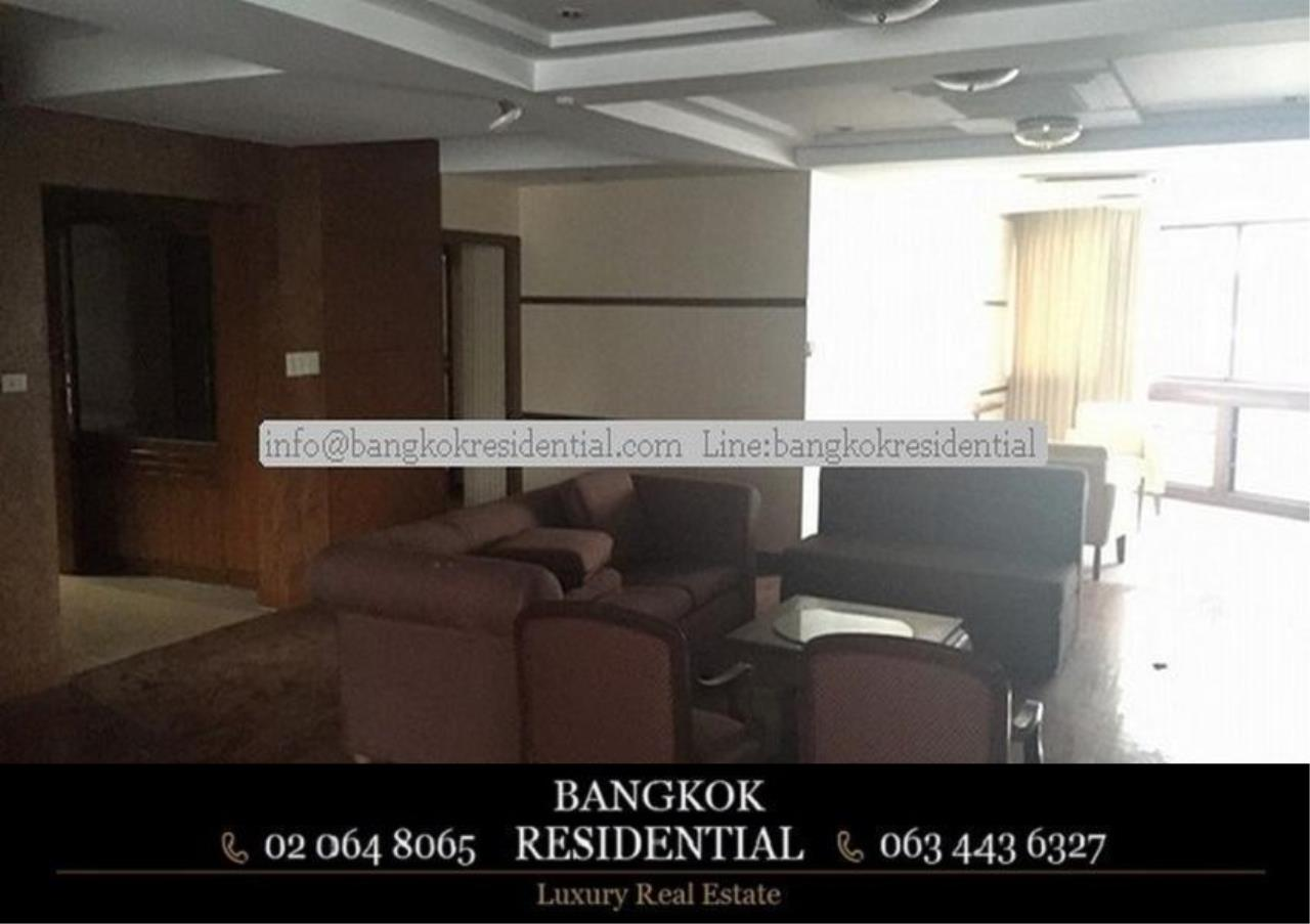 Bangkok Residential Agency's 3 Bed Condo For Rent in Phrom Phong BR2286CD 11