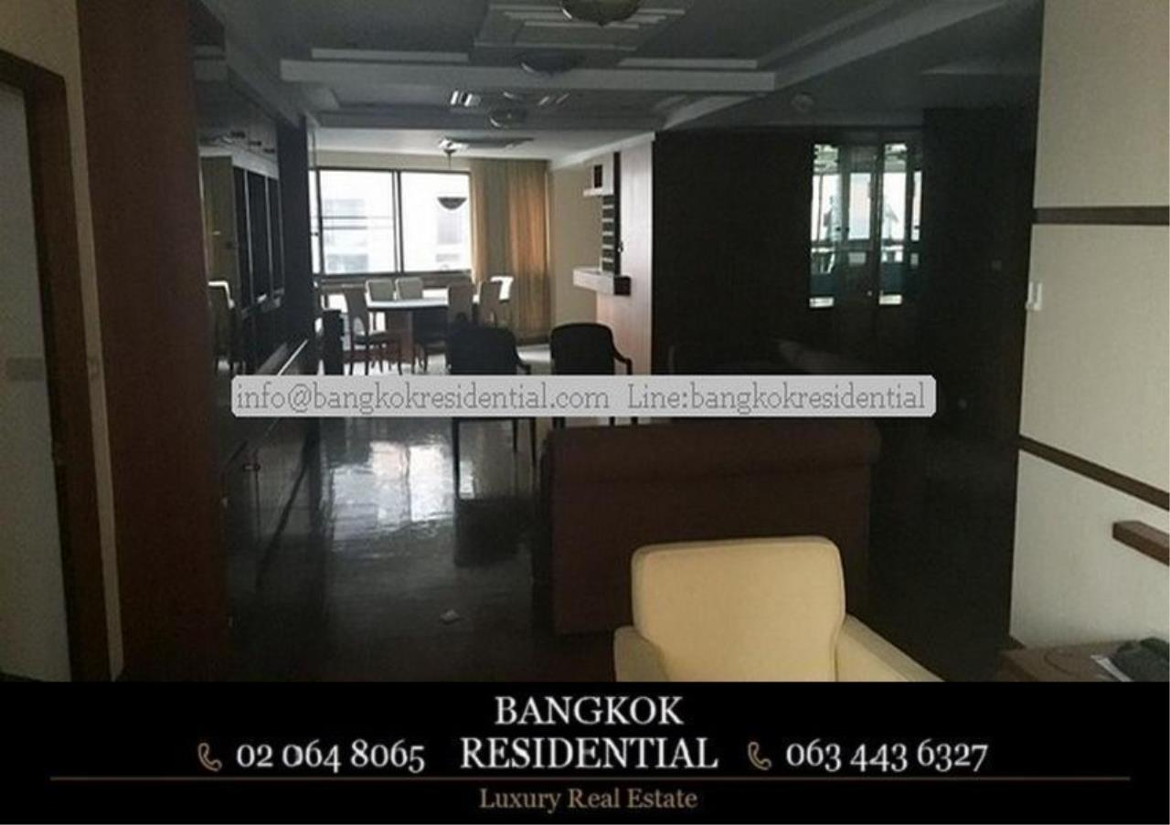 Bangkok Residential Agency's 3 Bed Condo For Rent in Phrom Phong BR2286CD 12