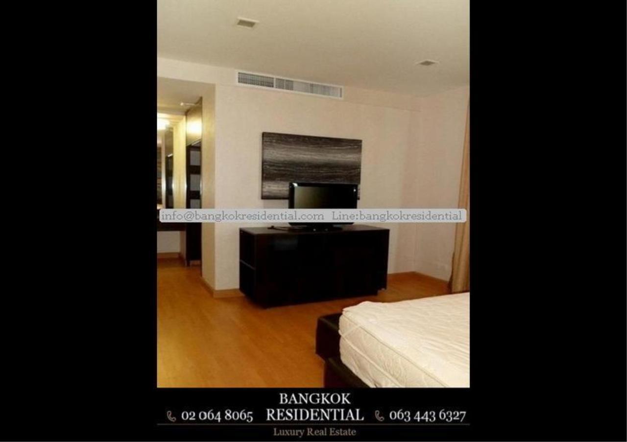 Bangkok Residential Agency's 3 Bed Condo For Rent in Ekkamai BR2310CD 20