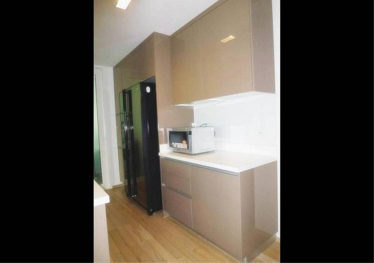 Bangkok Residential Agency's 3 Bed Condo For Rent in Thonglor BR2326CD 2
