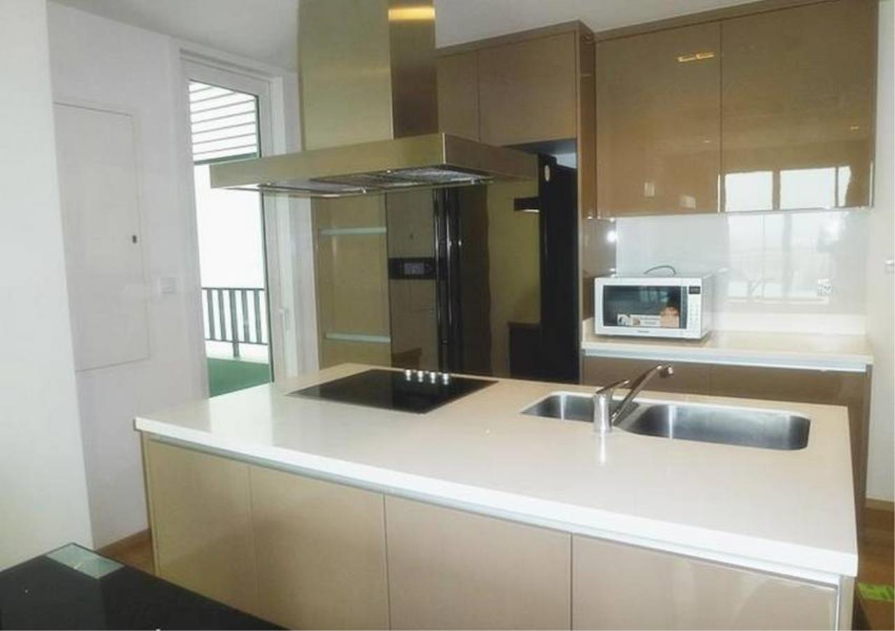 Bangkok Residential Agency's 3 Bed Condo For Rent in Thonglor BR2326CD 3