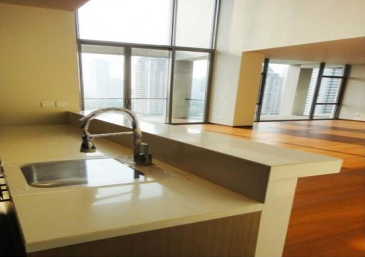 Bangkok Residential Agency's 2 Bed Condo For Sale in Sathorn BR2339CD 1
