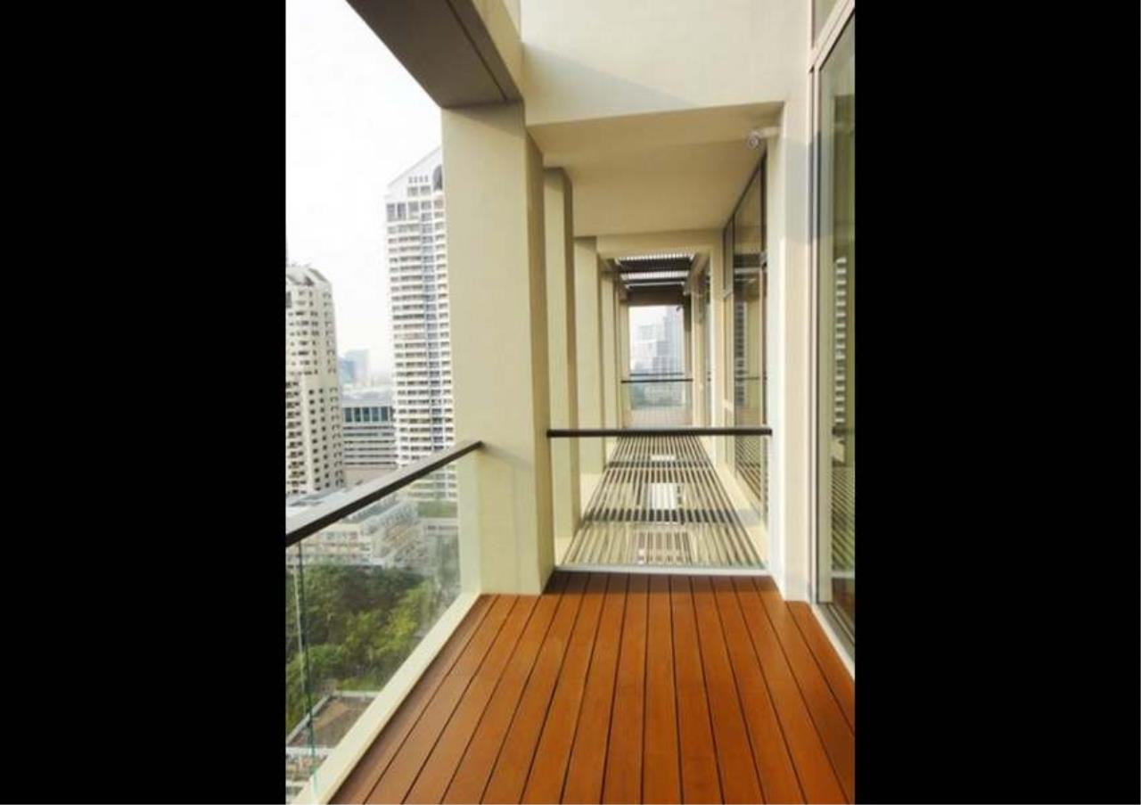 Bangkok Residential Agency's 2 Bed Condo For Sale in Sathorn BR2339CD 2