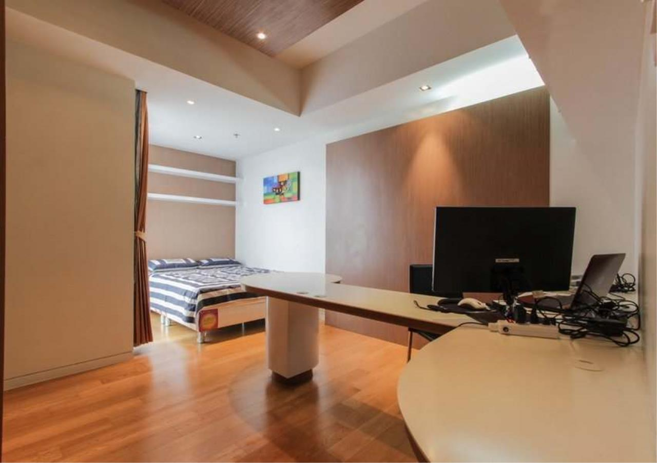 Bangkok Residential Agency's 2 Bed Condo For sale in Sathorn BR2392CD 10