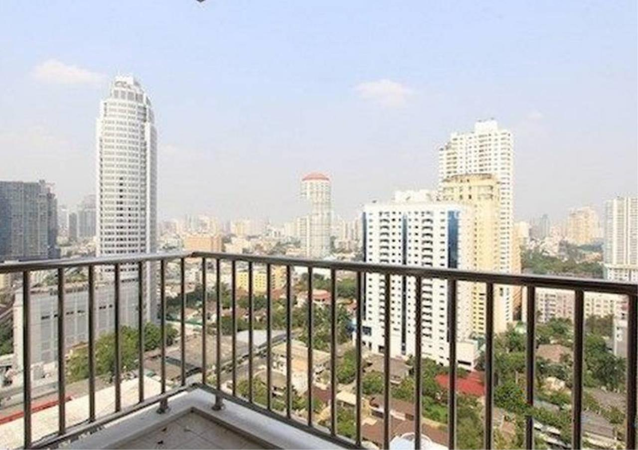 Bangkok Residential Agency's 2 Bed Condo For Rent in Ekkamai BR2393CD 8