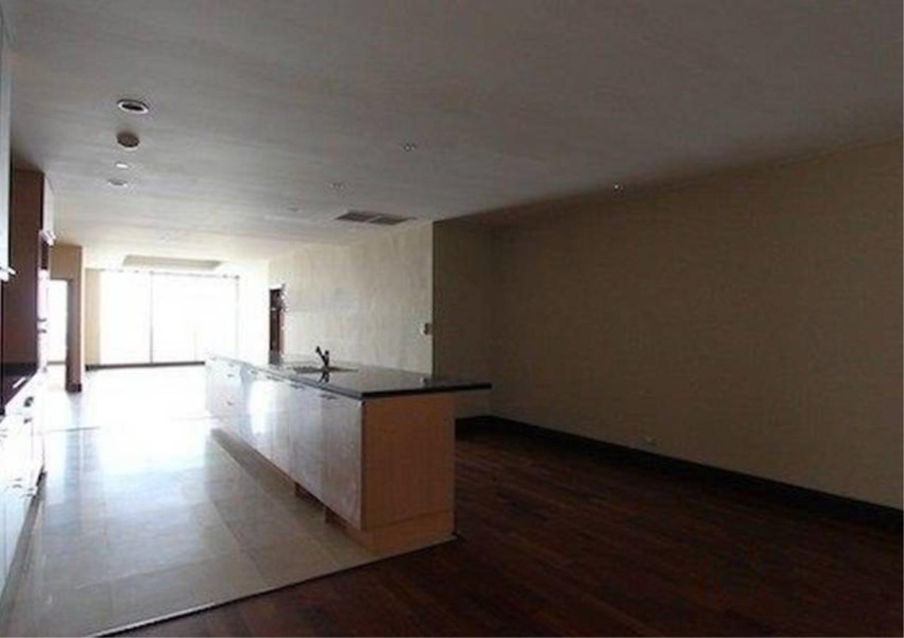 Bangkok Residential Agency's 2 Bed Condo For Rent in Sathorn BR2418CD 1