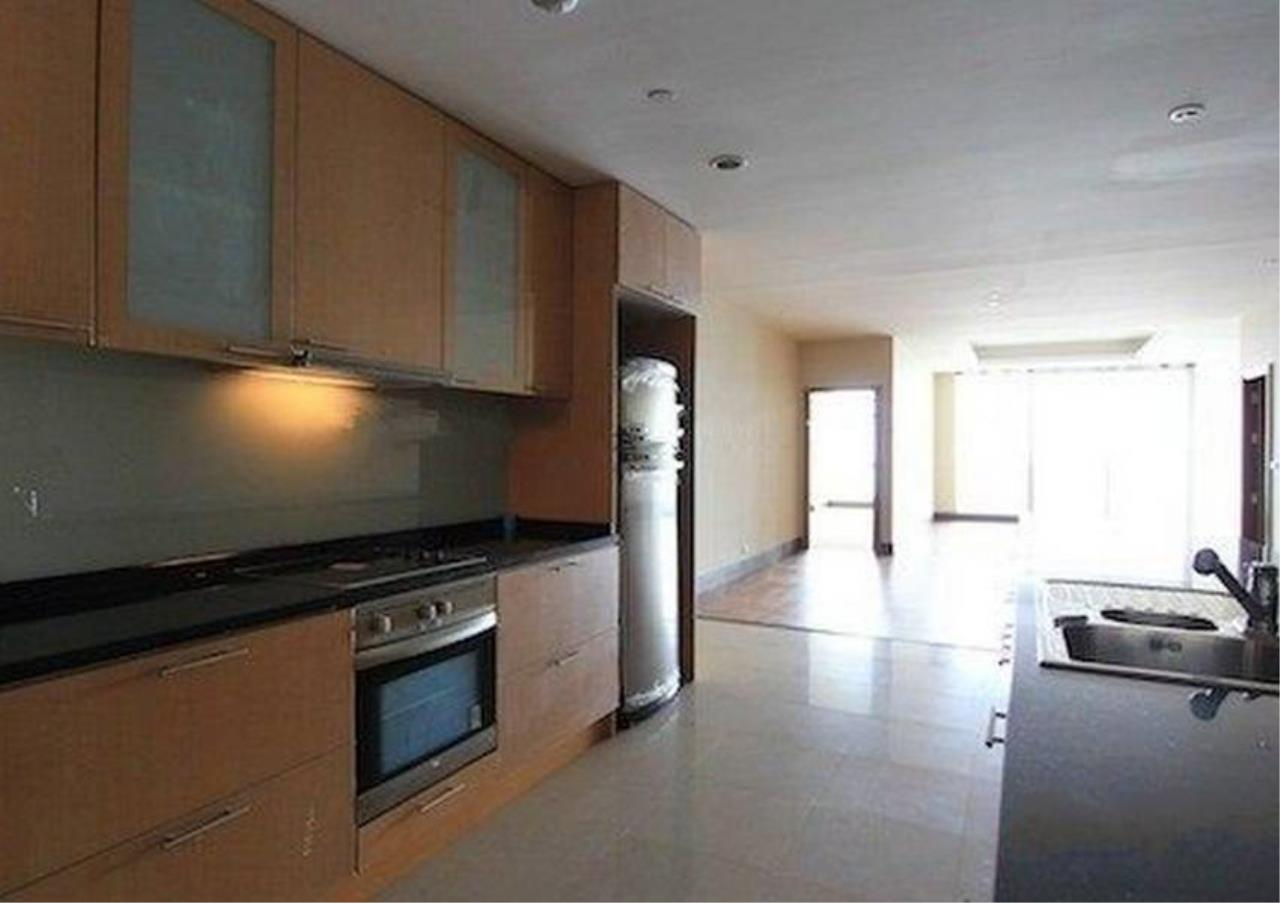 Bangkok Residential Agency's 2 Bed Condo For Rent in Sathorn BR2418CD 2