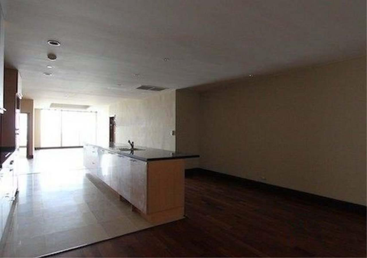 Bangkok Residential Agency's 2 Bed Condo For Sale in Sathorn BR2418CD 1