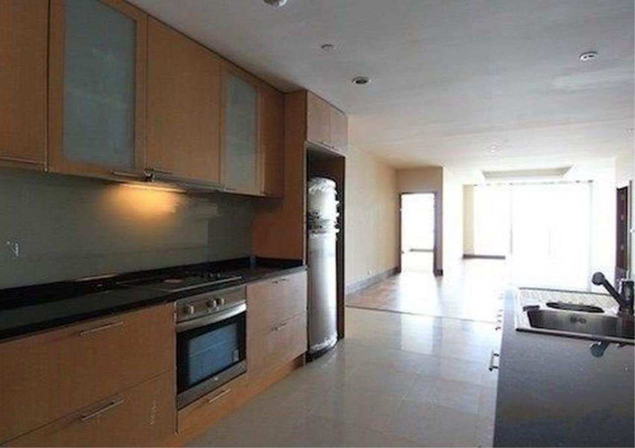 Bangkok Residential Agency's 2 Bed Condo For Sale in Sathorn BR2418CD 2