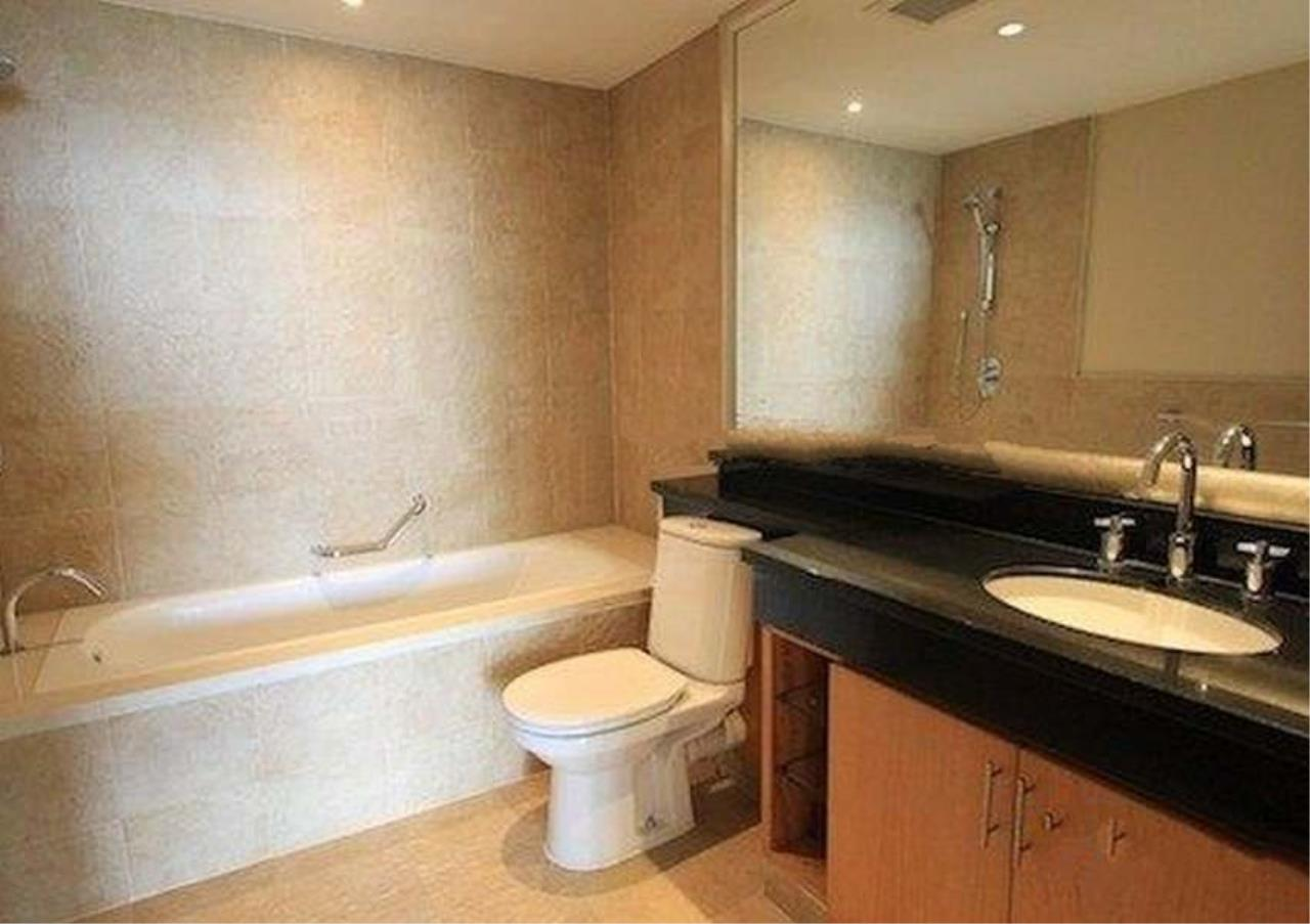 Bangkok Residential Agency's 2 Bed Condo For Sale in Sathorn BR2418CD 7