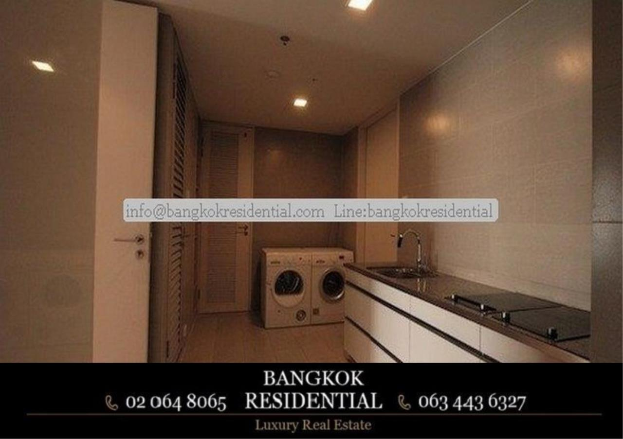 Bangkok Residential Agency's 3 Bed Condo For Rent in Sathorn BR2419CD 6