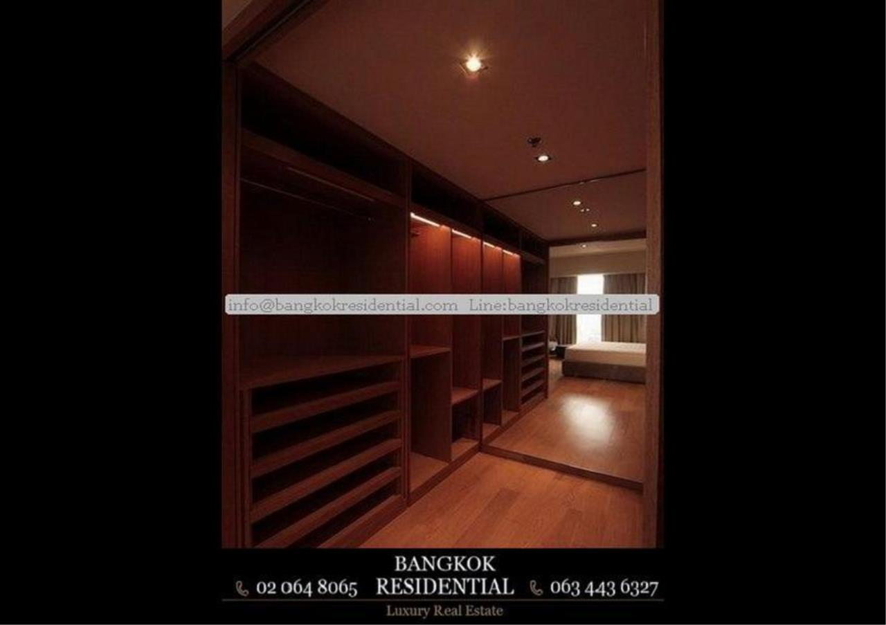 Bangkok Residential Agency's 3 Bed Condo For Rent in Sathorn BR2419CD 9