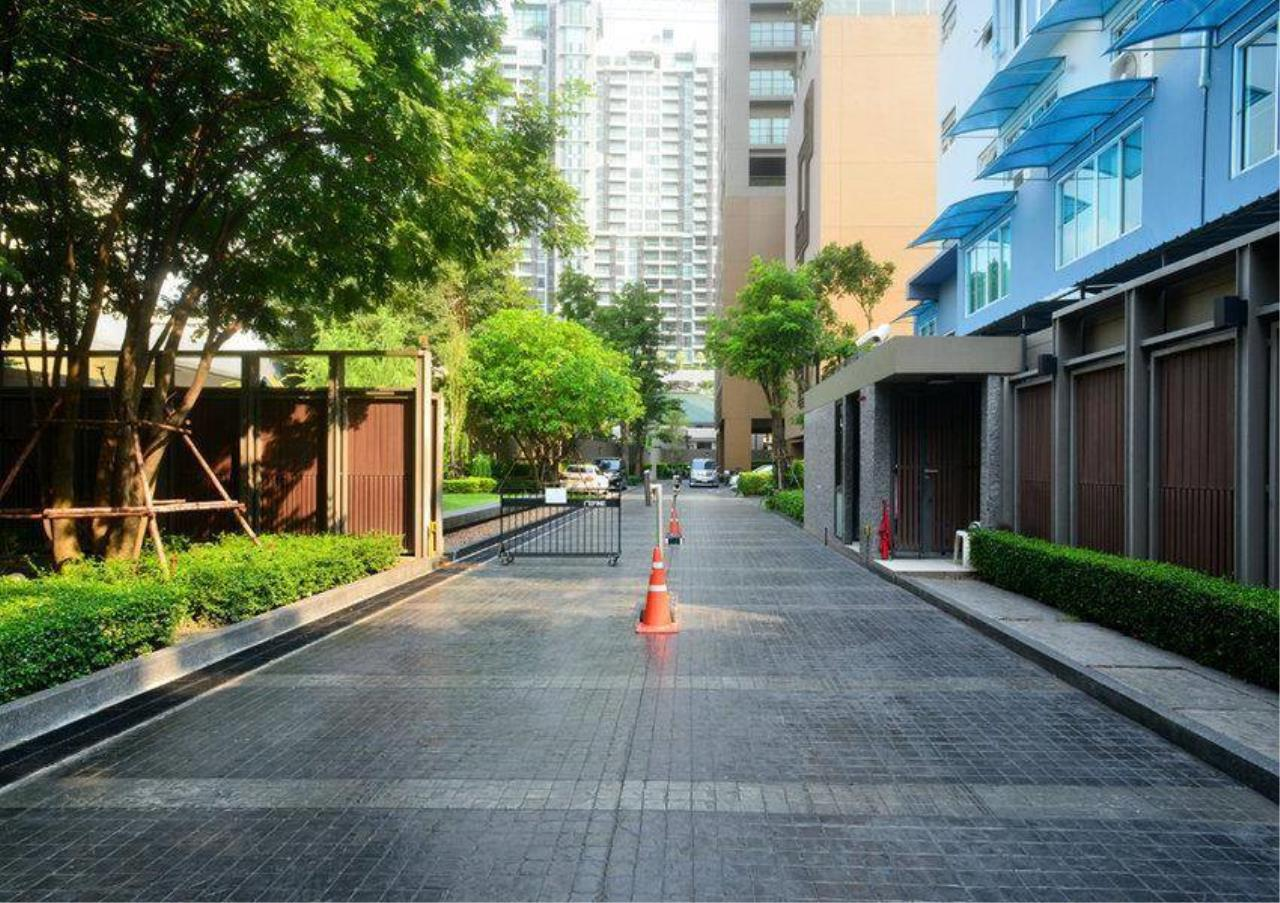 Bangkok Residential Agency's 2 Bed Condo For Rent in Phrom Phong BR2463CD 14