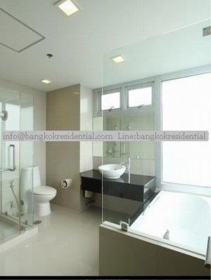 Bangkok Residential Agency's 3 Bed Condo For Rent in Ekkamai BR2474CD 26