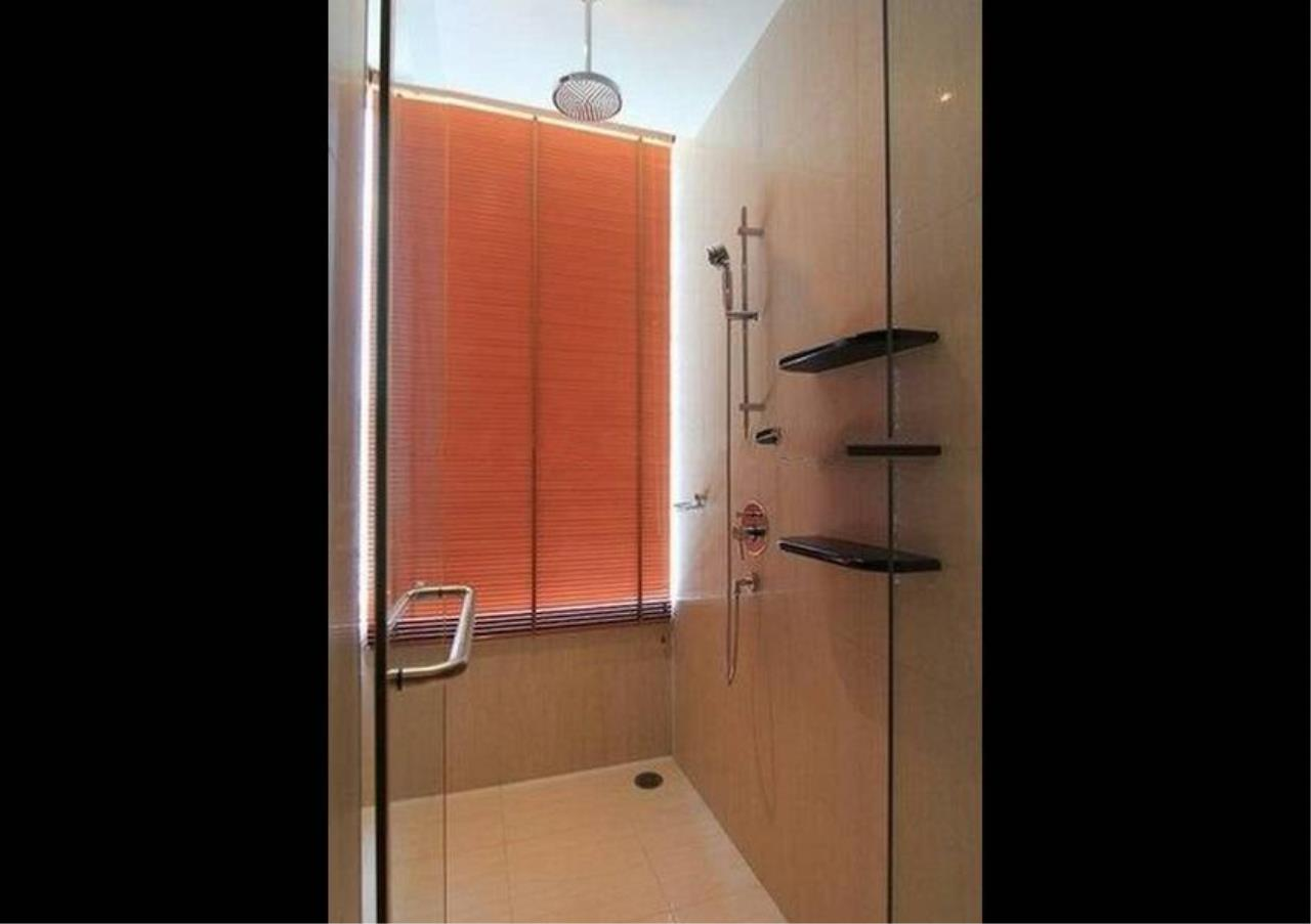 Bangkok Residential Agency's 2 Bed Condo For Rent in Sathorn BR2476CD 9