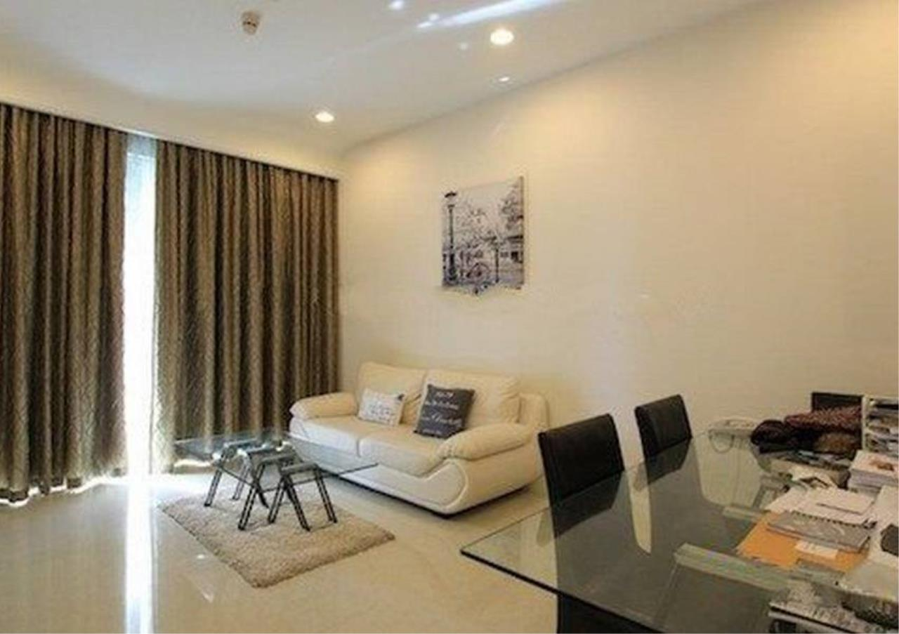 Bangkok Residential Agency's 2 Bed Condo For Rent in Chidlom BR2478CD 1